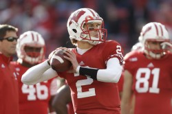 Joel-Stave-Wisconsin-Badgers-NCAA-College-Football-250x166